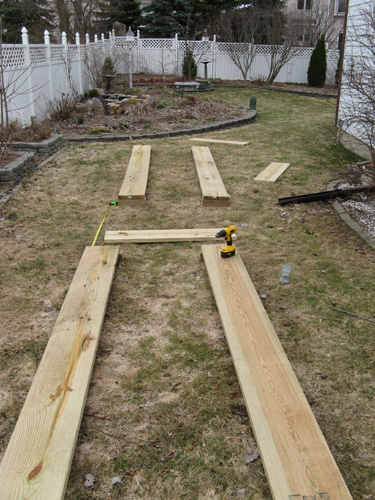 How to Build a Raised Bed Vegetable Garden out of Wood