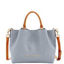 10 Most Popular Handbags and Celebrities Using Them