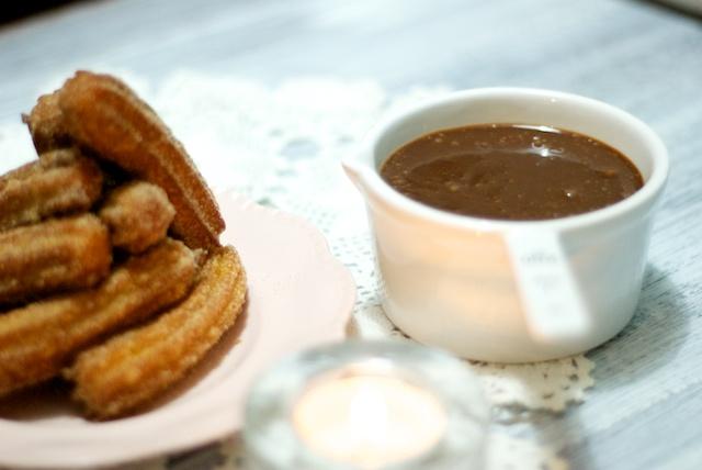 churros with chocolate fudge sauce