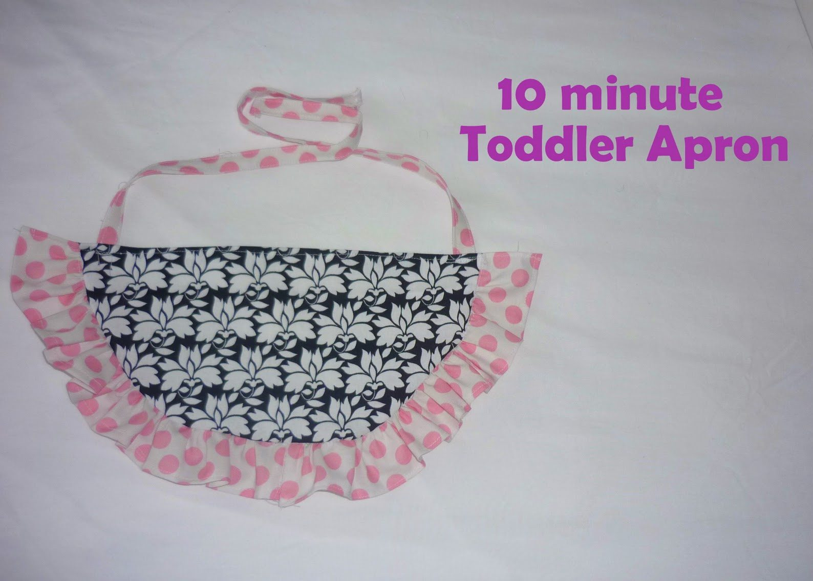 10 Minute Toddler Apron