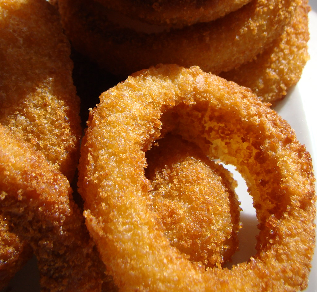 Sci-Fi Dine-In Theater: Crispy Onion Rings Recipe