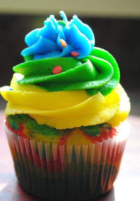 Pop Century Inspired Tie-Dye Cupcakes