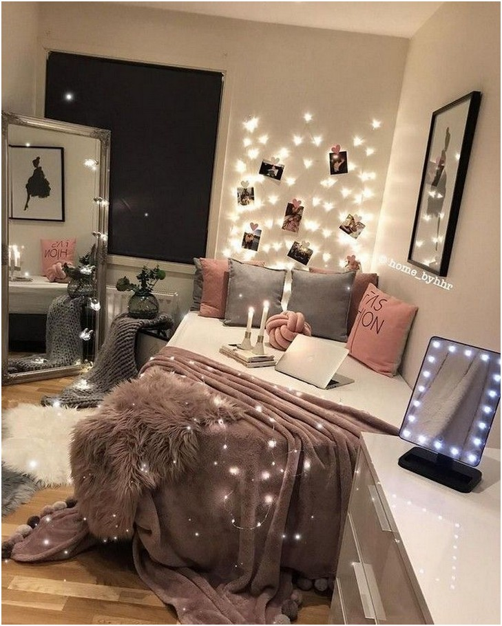 Beautiful DIY Fairy Light for Minimalist Bedroom Decoration