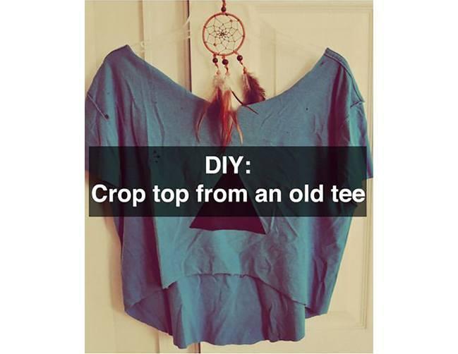 2. Crop Tops: -   DIY T-Shirt Cutting Designs