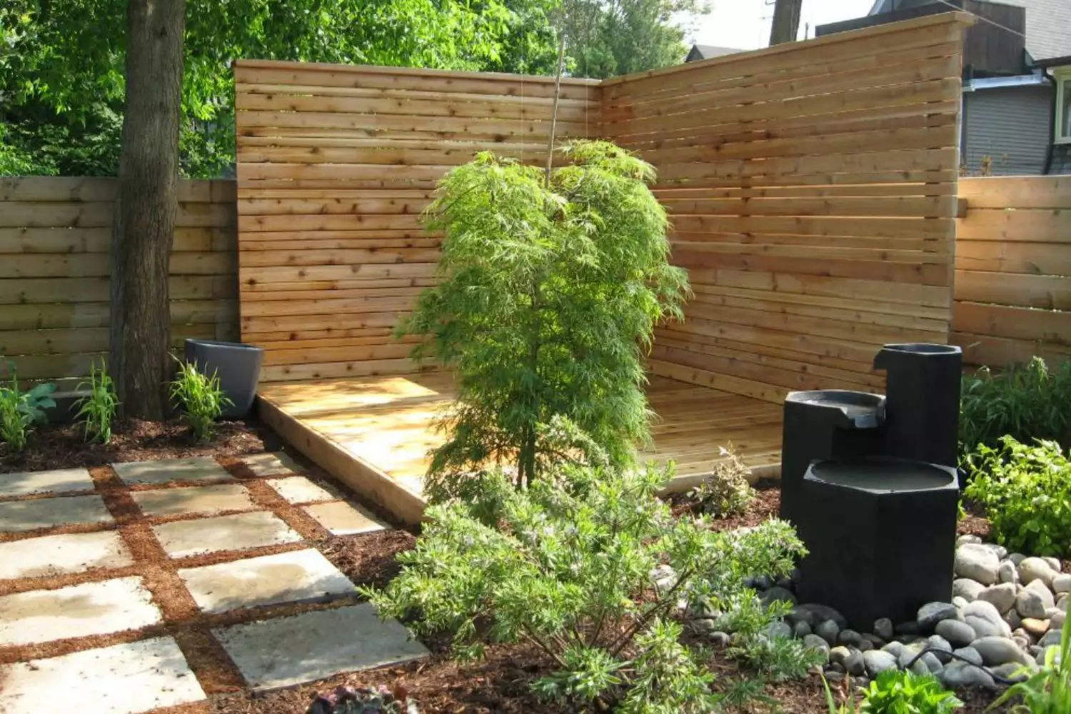 Modern Dining Terrace -   Beautiful Low Maintenance Front Yard Garden and Landscaping Ideas