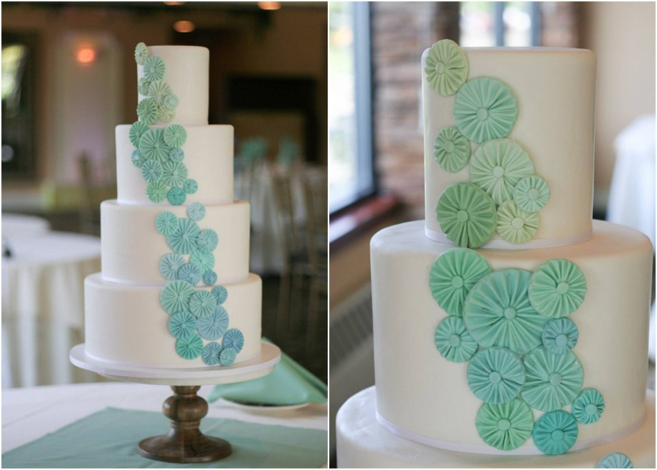 YES! YOU CAN (AND SOMETIMES SHOULD) REFRIGERATE YOUR FONDANT-COVERED CAKES!
